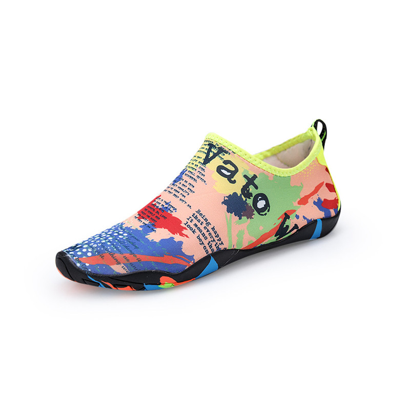 LUCYLEYTE 2018 Outdoor lovers beach Summer Outdoor Shoes Woman Men Shoes Upstream Walking Water Quick Drying sneaker Shoes