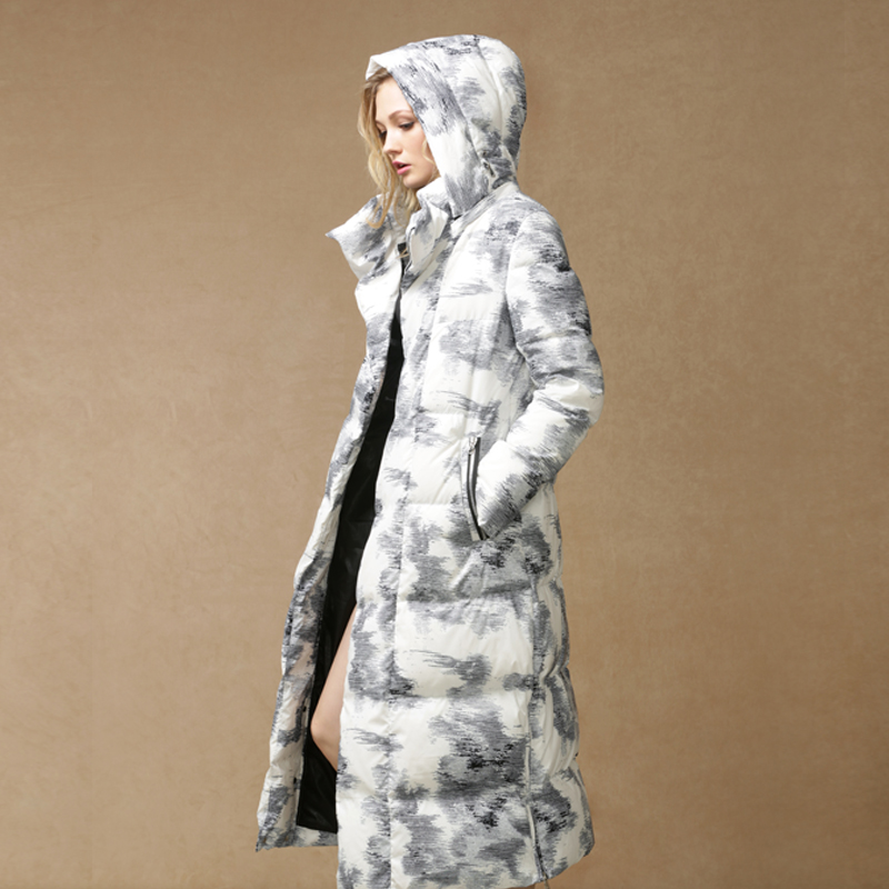 2015 New Hot Winter Thicken Warm Woman Down jacket Coat Parkas Outerwear Hooded Straight Loose Luxury Long Plus Size 2XXL Print