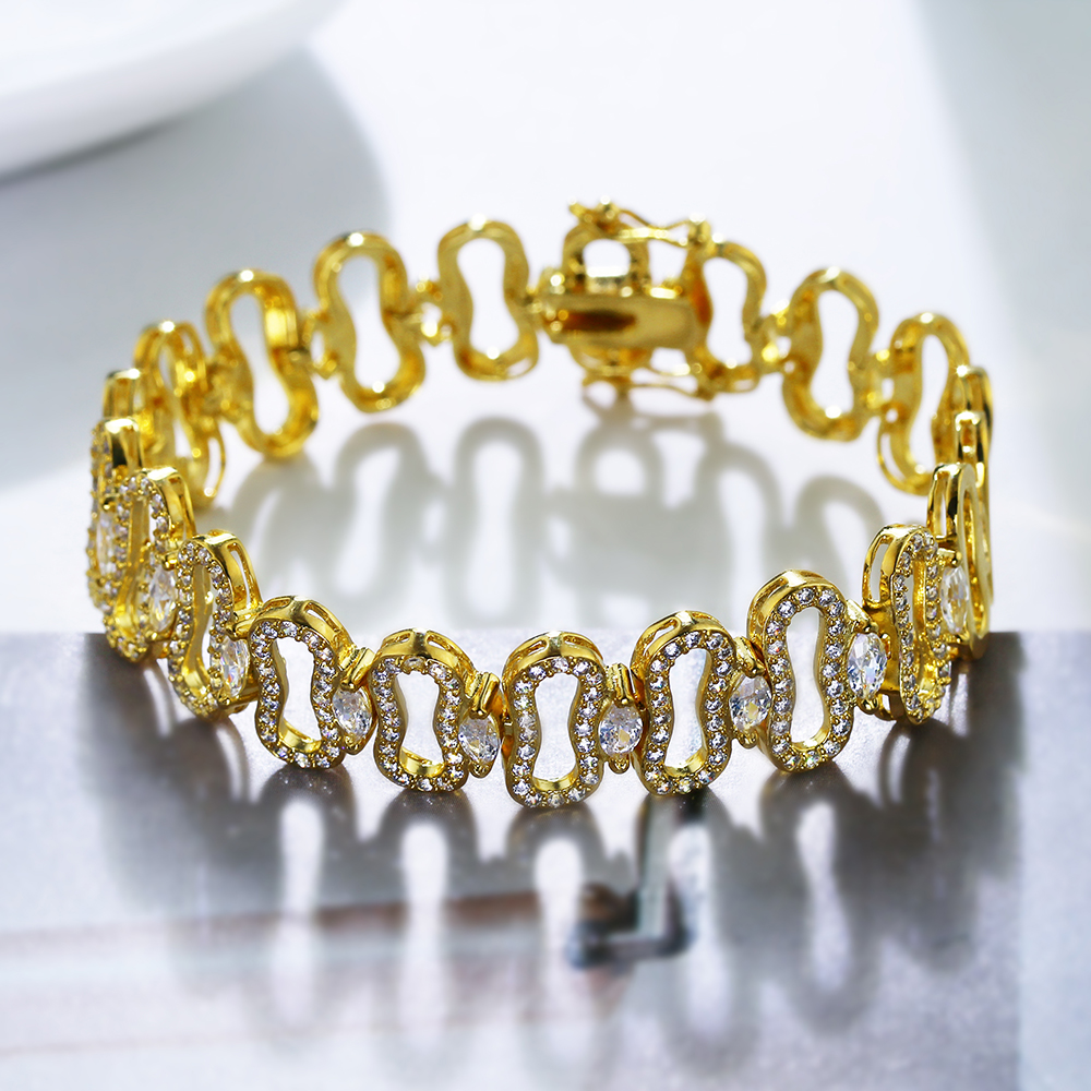 19 CM Fashion crystal bracelets top quality zirconia hollow design jewelry women jewellery luxury white/Gold color Bracelet
