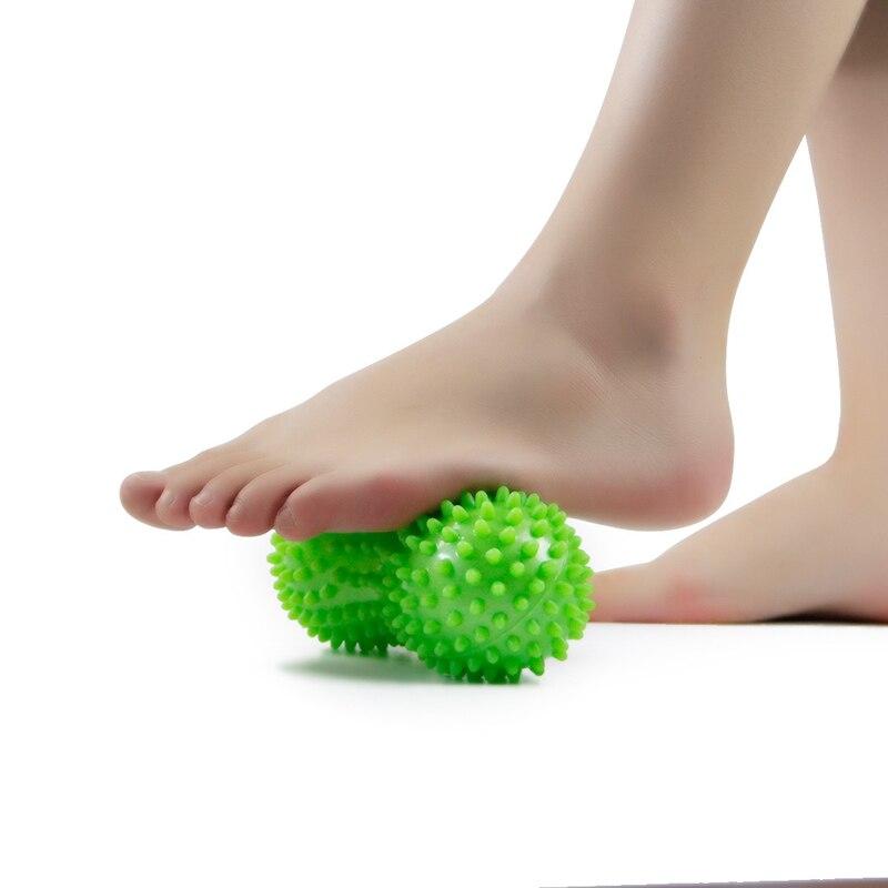все цены на New Hot 4 colors 15CM Massage Ball Roller Spiky Rolling Acupressure Massager Ball Tools Supplies Dropshipping Feet Massager