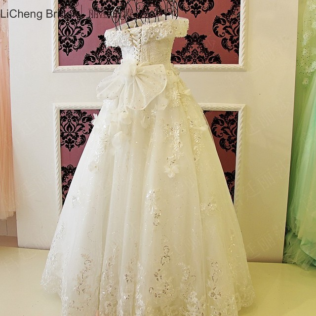 US $388.0 |Aliexpress.com : Buy Lace Backless 2 piece Wedding Dress 2017  Spaghetti Strap Vintage Off the Shoulder Sleeveless princess wedding  dresses ...