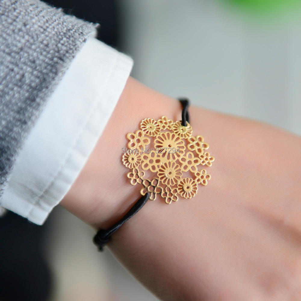 Online get cheap flower girl wrist band aliexpress alibaba fashion simple diy gold color flower stamping elastic alloy bracelet rope chain adjustable wrist band accessories for girls gift dhlflorist Image collections