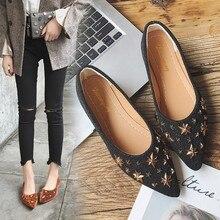 a0b0359ba3fc Étoiles rivers clouté carré boucle bout pointu plat paresseux chaussures  femmes printemps nouveau tout-allumette