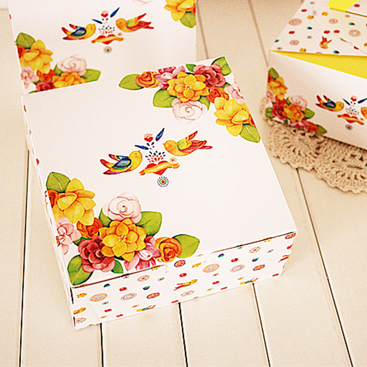 new 12*12*4.5cm 10pcs bird singing yellow design Cheese Cake Paper Box Cookie Storage Boxes gift Packaging Wedding Christmas Use