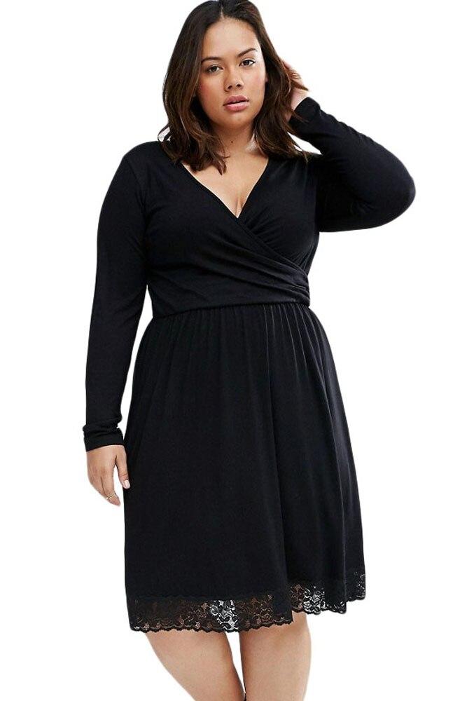 Black curvy dress