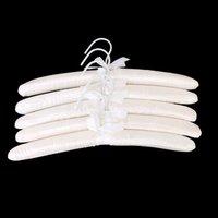 LHBL 5 X białe satynowe ocieplane ubrania hak wieszak w Wieszaki i stojaki od Dom i ogród na