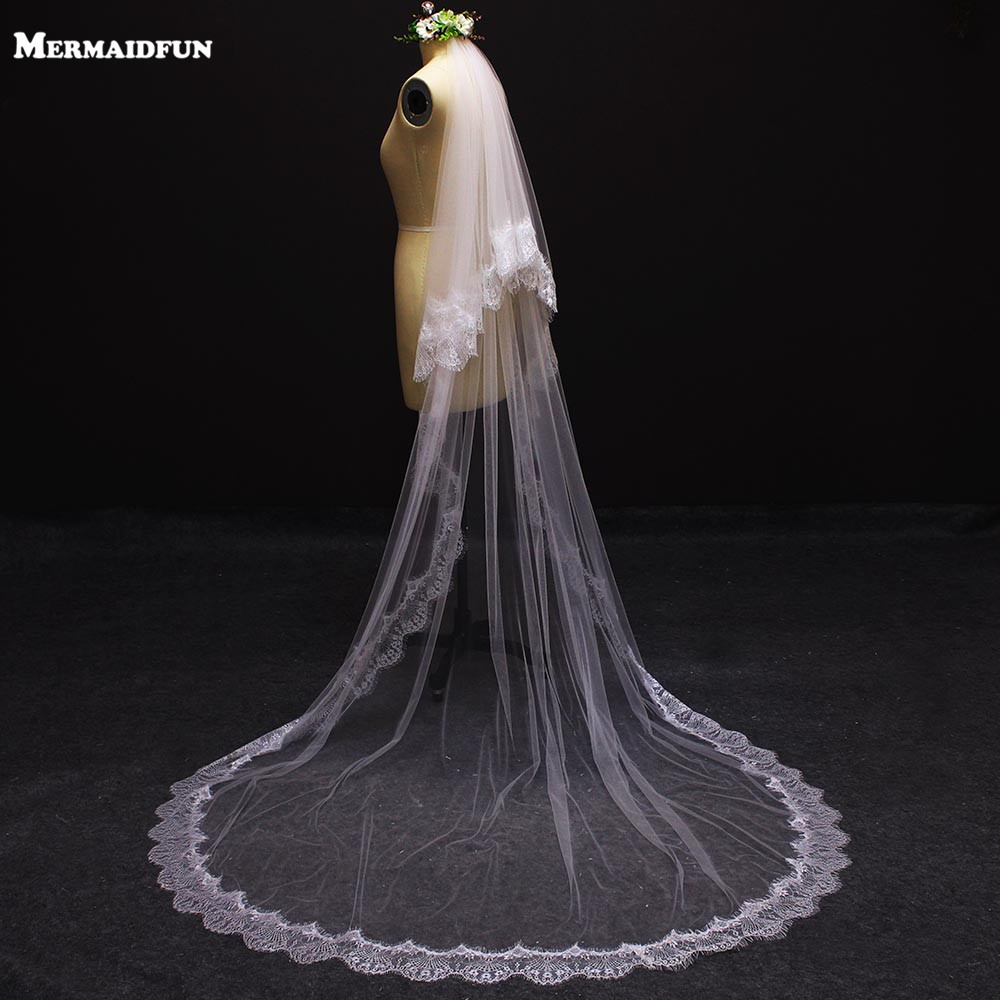 2019 Romantic Eyelash Lace Edge Two Layers Wedding Veil with Comb 2 T Cover Face Bridal Veil Velos De Novia