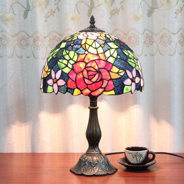 Tiffany lamp European retro luxury glass handmade red rose bed bedroom bedside lamp