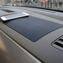 Alfombrilla de PVC antideslizante para salpicadero de coche, accesorios de decoración para Interior de coche, soporte para gafas para teléfono, 27x15CM