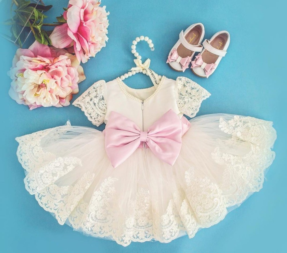 Cute Lace knee-length beading flower girl dress with bow communion frocks kids baptism prom ball gowns for formal occasionCute Lace knee-length beading flower girl dress with bow communion frocks kids baptism prom ball gowns for formal occasion