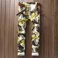 2017 Recién Llegado de Amarillo Estampado Geométrico Hombre Jeans de Mezclilla de Moda Pantalones Delgados