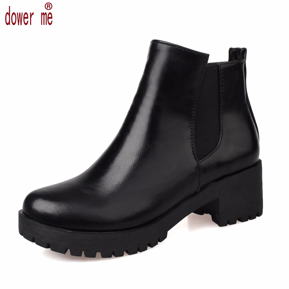 Designers Brand Women Ankle Boots Flat Heels Shoes Woman Suede Leather Boots Brogue Cut outs Slip on Black Blue Plus Size 43