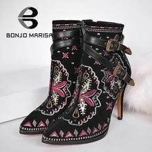 BONJOMARISA Retro Ethnischen Stickerei Winter Schuhe Frauen High Heel Stiefeletten Sexy Schnallen Plattform Schuhe Frauen Winterstiefel