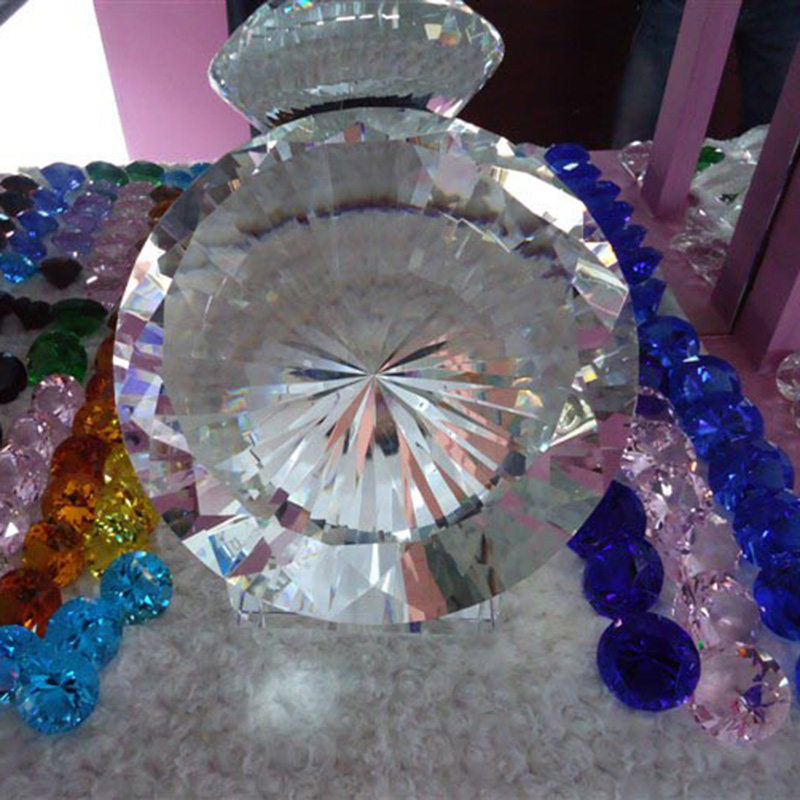 Free Shipping 200mm Big Diamond Crystal Paperweight Cut