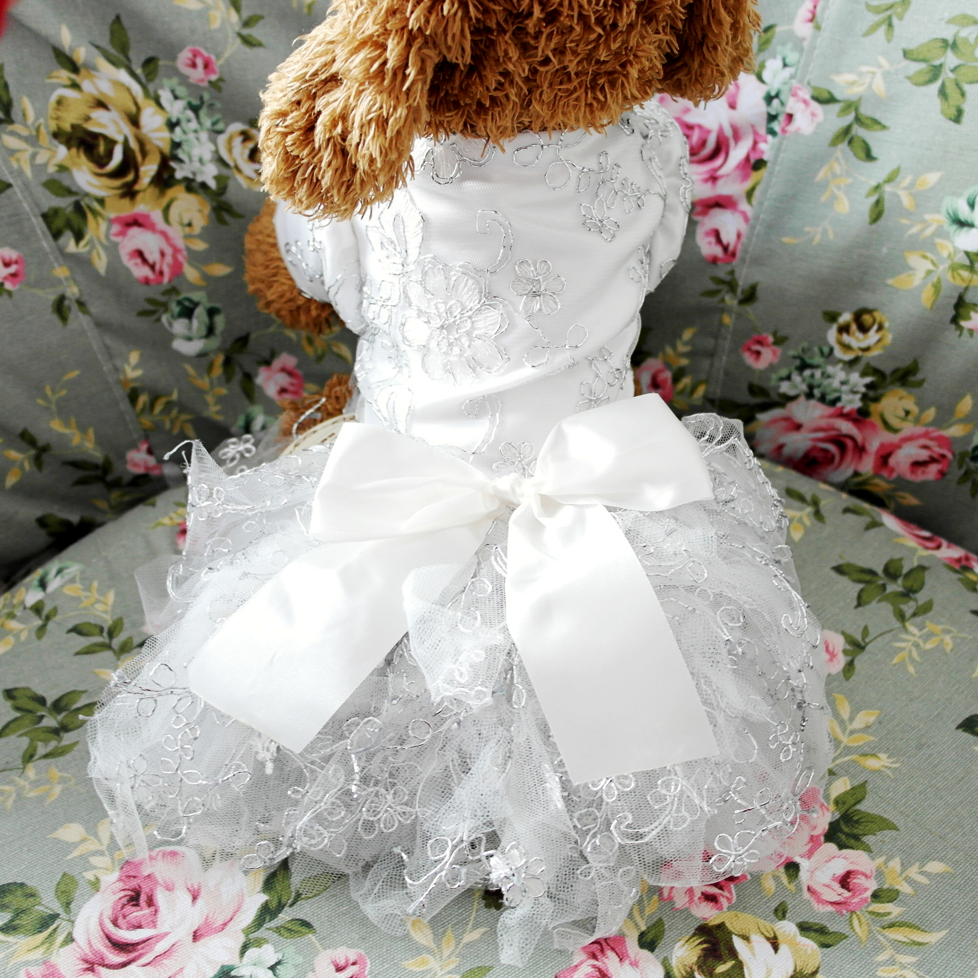 Petalk lace princess pet dog wedding dresses pet tutu skirt puppy petalk lace princess pet dog wedding dresses pet tutu skirt puppy cat dress pet apparel xs s m l xl in dog dresses from home garden on aliexpress ombrellifo Image collections