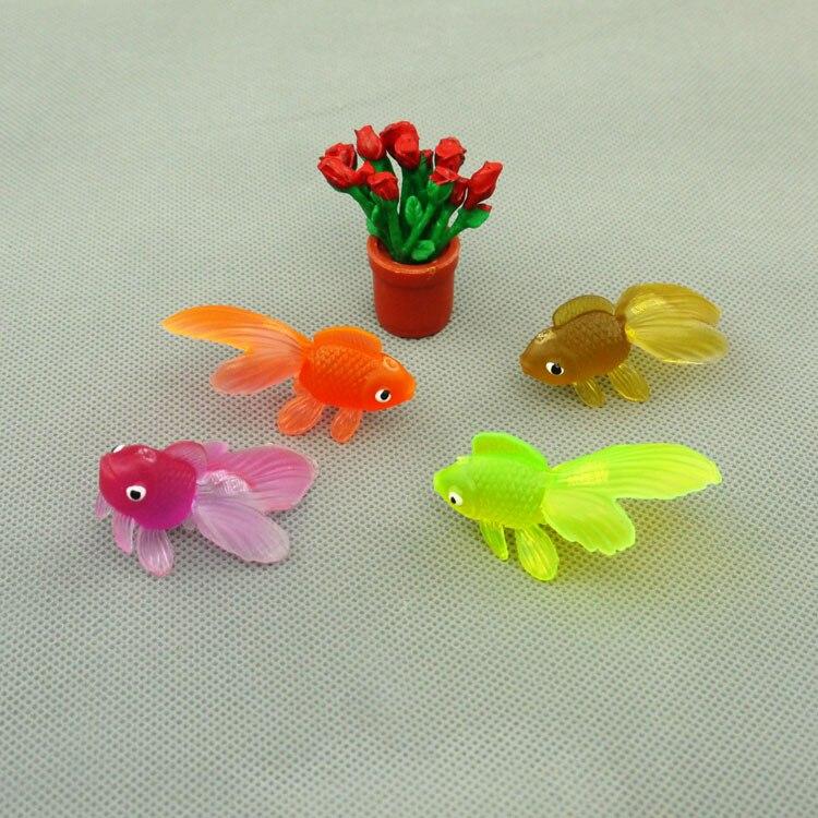 100pcs lot wholesale 5cm plastic fresh water fish model for Small plastic fish