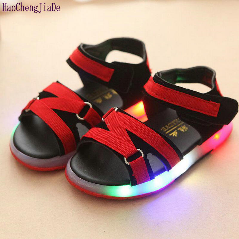 2018 New Summer Kids LED Sandals Shine Children Luminous Shoes Baby Boys Beach shoes For Girls Flat Sandal With Lights 4 Colors