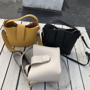 Image 5 - Casual pu balde bolsa feminina bolsas moda serpentina alça de ombro sacos senhora bolsa de ombro grande capacidade sacos compostos 2019