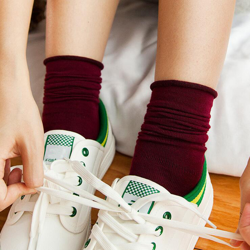 Retro   Socks   Women Casual Meias Female Knitted Cotton Autumn Calcetines Mujer Nude Black Green Wine Red Vintage Girls QMH