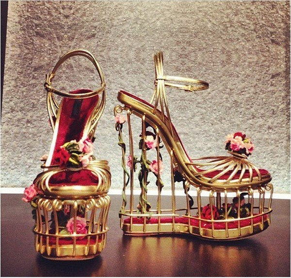 89b7d9ca06 Loved Rose Flowers Gold Metal Cage Heels Gladiator Sandals Women Shoes  Gorgeous Platform Wedge Sandals Sexy Ladies Wedding Shoes