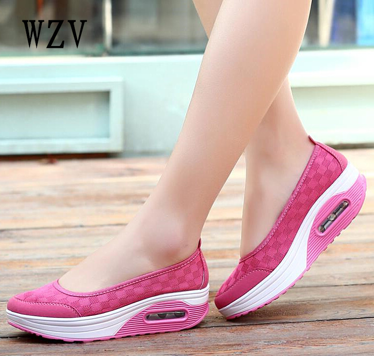 2018 Summer Women Flat Platform Shoes Woman Casual Air Mesh Breathable Shoes Slip On Gray Fabric Shoes zapatos mujer B215 vintage women flats summer new soft canvas embroidery shoes casual slip on bow dance flat sandals for woman zapatos mujer