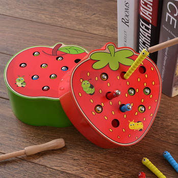 Brinquedos de madeira 3D Montessori A Caterpillar come a Apple Kids Catch Worms Matching Pair Games Early Educational Interactive Math Toy 1