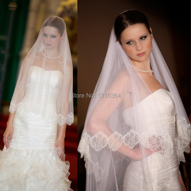 Vintage Hot Selling One Layer White Chapel Train Soft Tulle Bridal Veils with Lace Edge Lace Wedding Veils