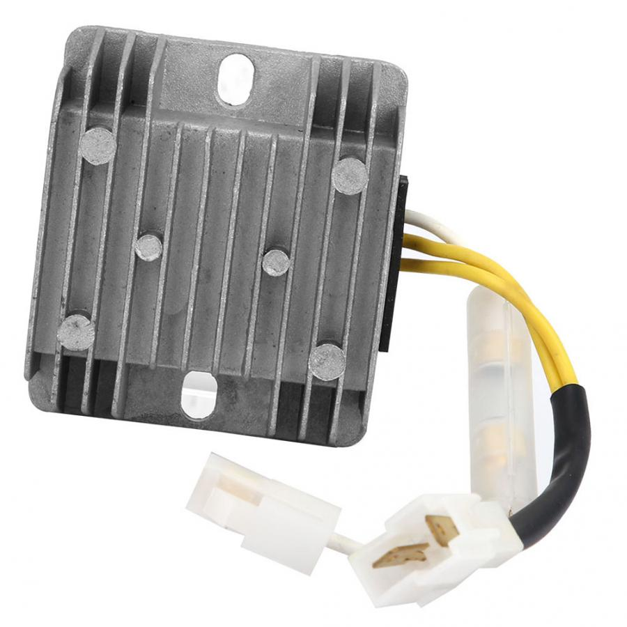 14 V AVR R/égulateur automatique de tension AVR Diesel G/én/érateur Accessoires AC 15-55 V vers DC 13,5 V Convient pour g/én/érateur de volant dinertie magn/étique permanent