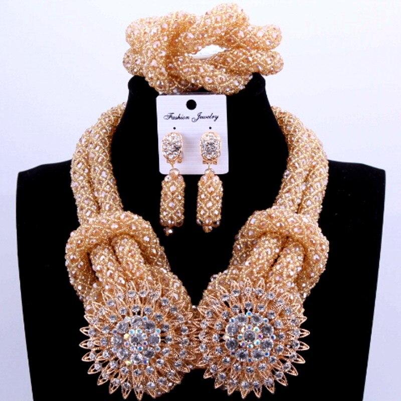 Ensembles de bijoux africains de Costume de luxe ensembles de perles de mariage nigérian couleur or pour les femmes de mariée 2018 ensemble de collier de bijoux de mariée