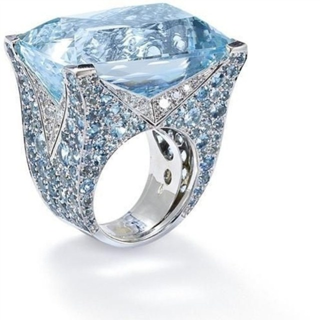 Luxury Engagement Rings For Women