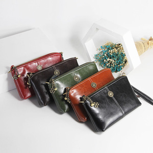 Image 4 - Zency 100% Genuine Leather Retro Women Messenger Purse Day Clutches Fashion Lady Shoulder Crossbody Bags Black Brown Handbag