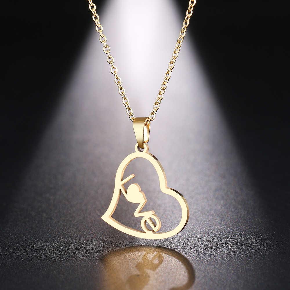 DOTIFI สร้อยคอสแตนเลสผู้หญิง Man Hollow Love Heart Gold และ Silver สีจี้สร้อยคอหมั้นเครื่องประดับ