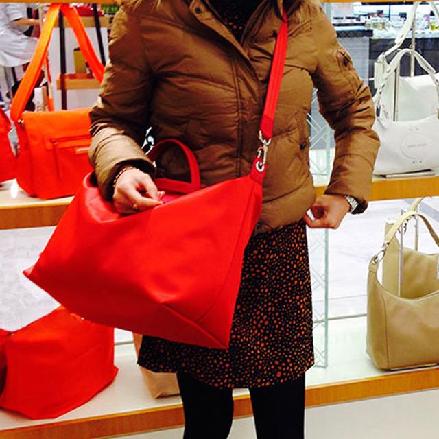 2016 sacos de couro genuíno das mulheres Bolsas de marcas famosas Mulheres saco de Nylon dobra praia Tote Sacos de Compras bolsa Ocasional
