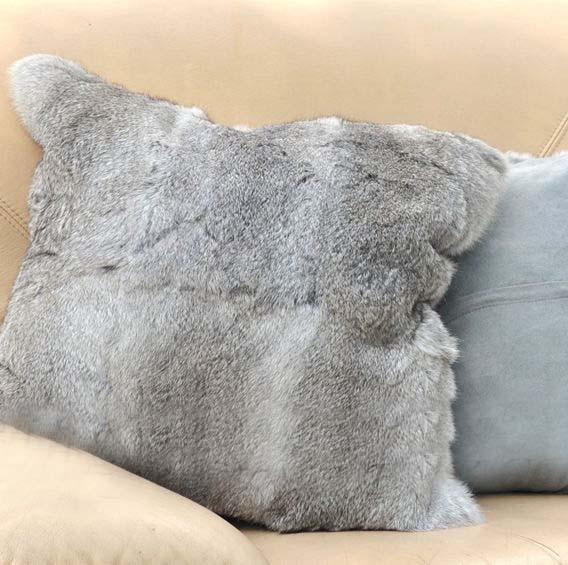 Wholesale Cheap Price Natural Grey Plush Rabbit Fur Throw Pillow New Decorative Pillows Cheap Prices