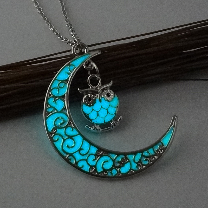 Cute Owl Glowing Stone Pendant Necklaces Crescent Moon Glow In The Dark Necklace For Women Jewelry