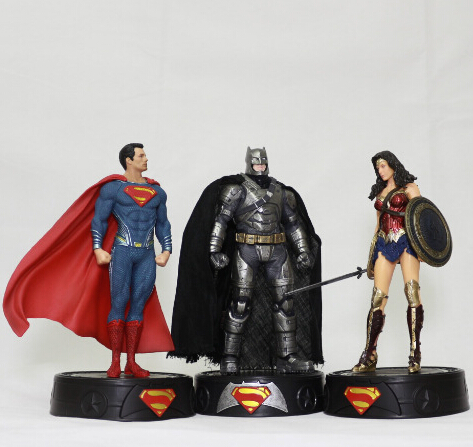 NEW hot 19-22cm Justice league Batman v Superman Dawn of Justice Wonder Woman action figure toys collection Christmas gift doll new hot 22cm touhou project yakumo yukari action figure toys collection christmas gift