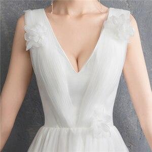 Image 5 - Yeni varış Illusion kore tarzı tül A Line düğün elbisesi 2020 çift omuz v yaka dantel gelin elbise evlilik kat uzunluk