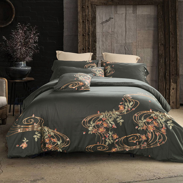 Embroidery Luxury Bedding set Duvet cover