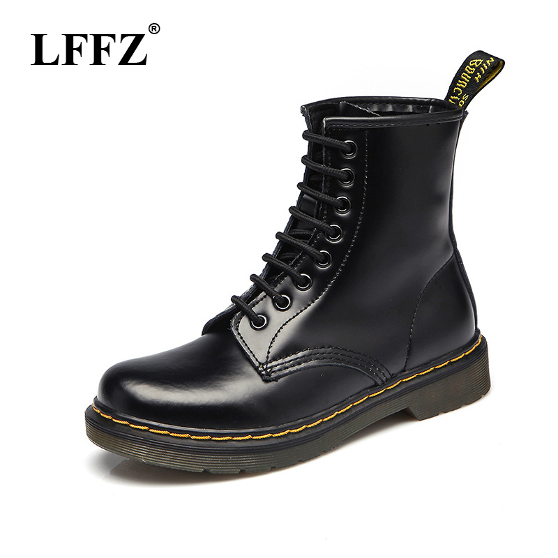 2018 High quality Split Leather Men Boots Dr Martin Boots shoes High Top Motorcycle Autumn Winter shoes man snow Boots ST50