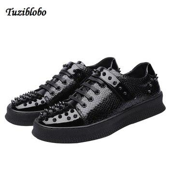 Big Size New Arrival Split Leather Men Casual Shoes Fashion Rivet Driving Moccasins Lace-Up Loafers Men Flat Shoes 38-44