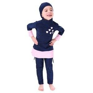 Image 3 - Мусульманский купальник для девочек, детский купальный костюм Burkinis, пляжная одежда в арабском стиле, костюм для плавания и дайвинга, комплект из двух предметов с длинными рукавами