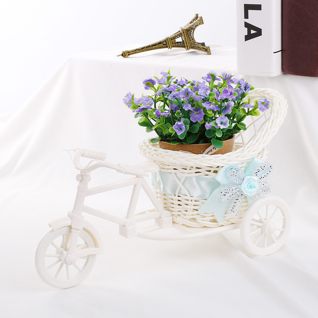 Tricycle style vase (different colours)