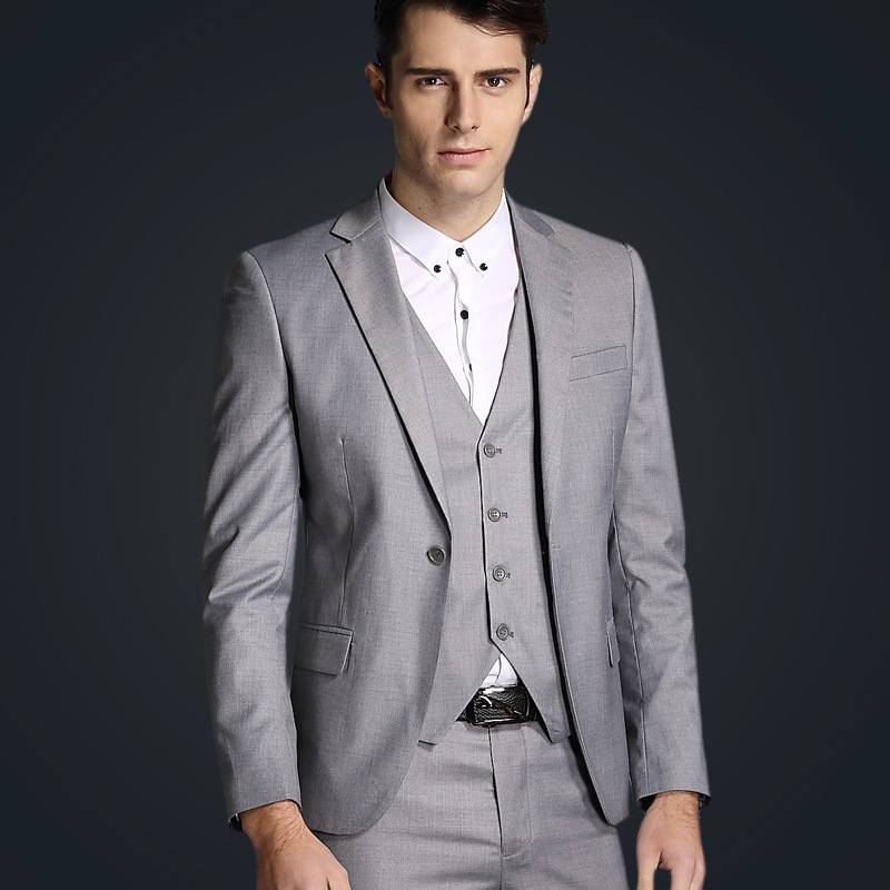 2018 Light Grey Men Tuxedos Wedding Suits for Men Groom Formal Smart Casual Business Tuxedos Smoking Men Skinny Suits