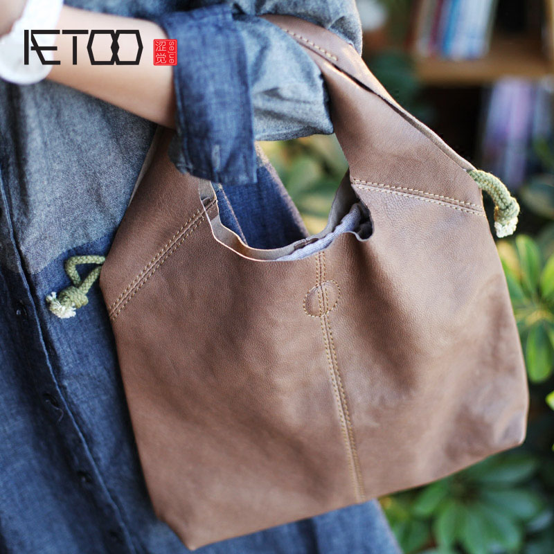AETOO Handmade sheepskin art female handbag handbag 2016 summer new leisure retro temperament leather simple shoulder bag 2016 summer mix color cloth art shoulder woman bag leisure packages exclusively for export national bag