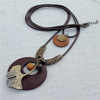 Bohemian Plant Leaf Charm Pendant Wood Necklace