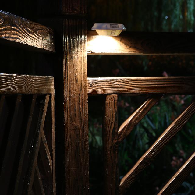 U-EASY 2017 New Solar Powered LED Light PIR Motion Sensor Lights Human Detection Lamp for Fence Wall Garden Porch Garden Decor