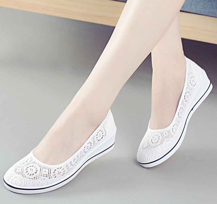 Free shipping women casual flat shoes fashion slip on round toe loafers lace Fashion wedge flats hollow out white canvas shoes бра globo rainbow 51530 1w