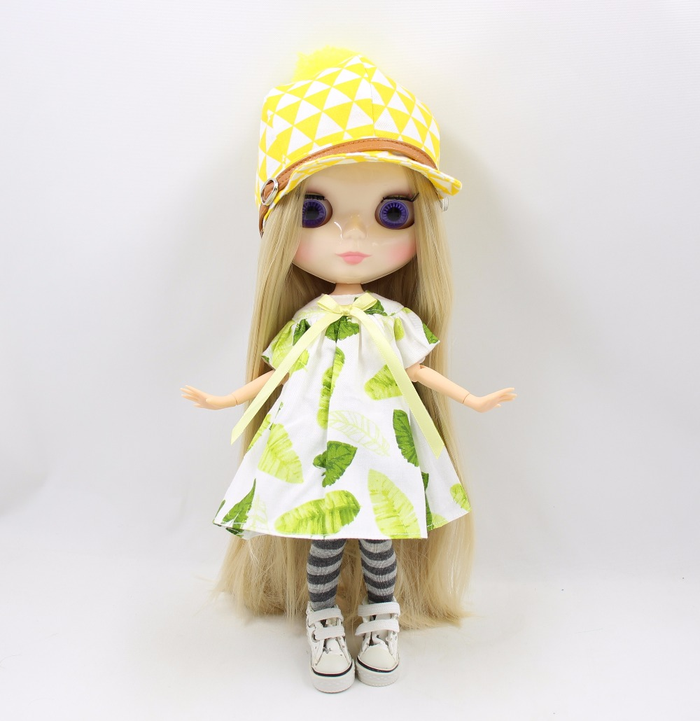 Neo Blythe Doll Green Dress With Hat & Stockings 3