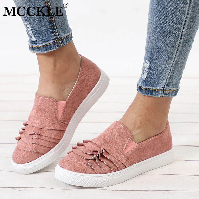 цены на MCCKLE Women Ruffle Vulcanized Shoes Plus Size Autumn Sneakers Platform Slip On Loafers Elastic Band Casual Moccasins For Ladies в интернет-магазинах