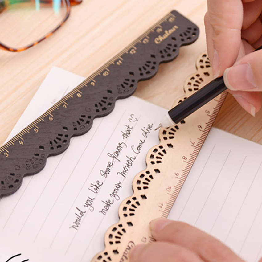 Novelty 15cm Scale Straight Ruler Student Stationery Hollow Lace Flower Wood Ruler Office Supplies Measuring Ruler Kids